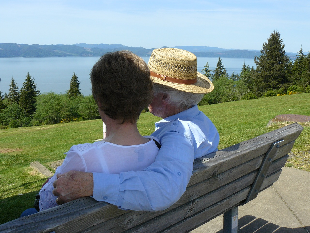 couple, enjoying the view, sitting, bench